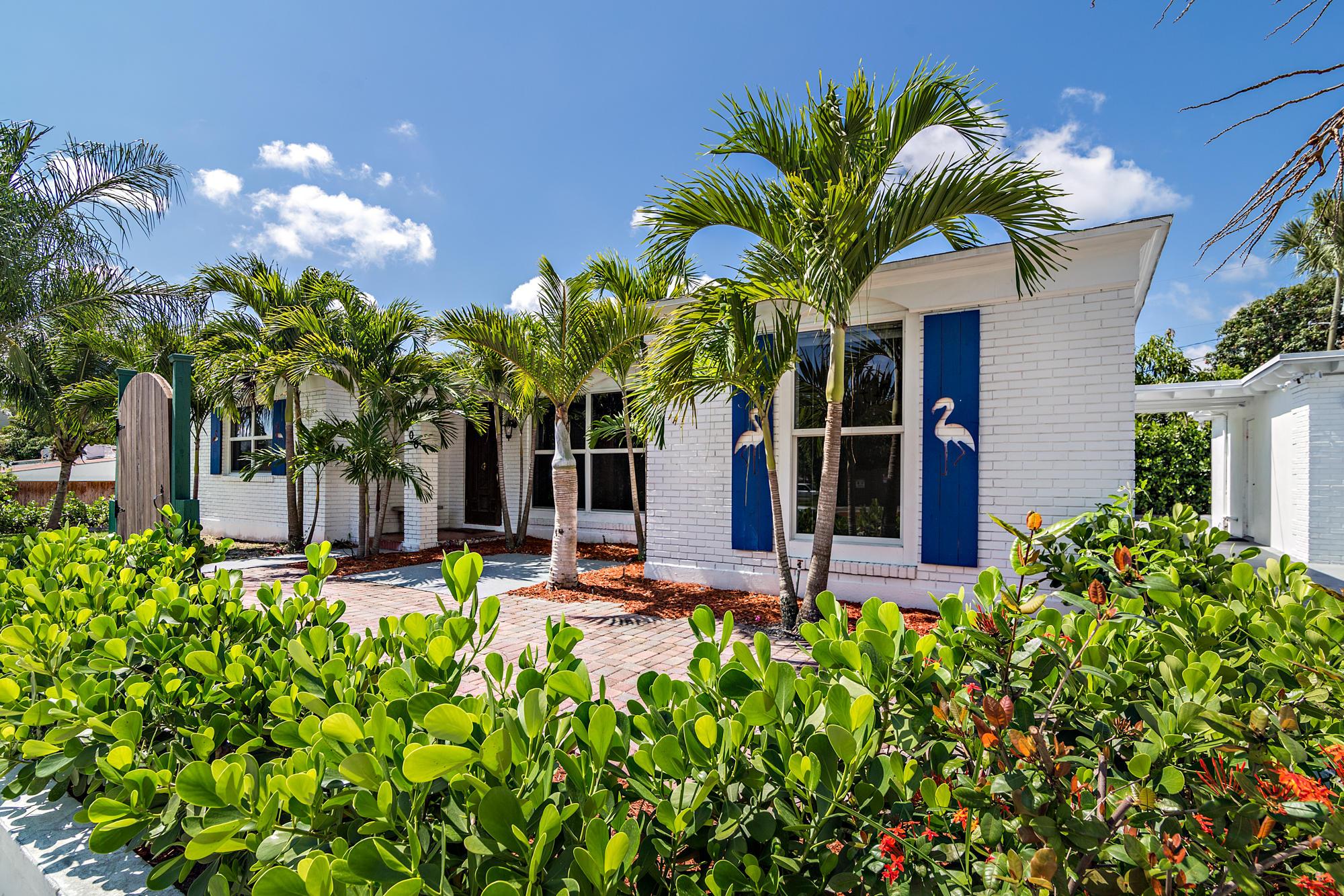 600  Park Place  For Sale 10681876, FL