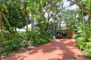 715 Aurelia Street, Boca Raton, FL 33486
