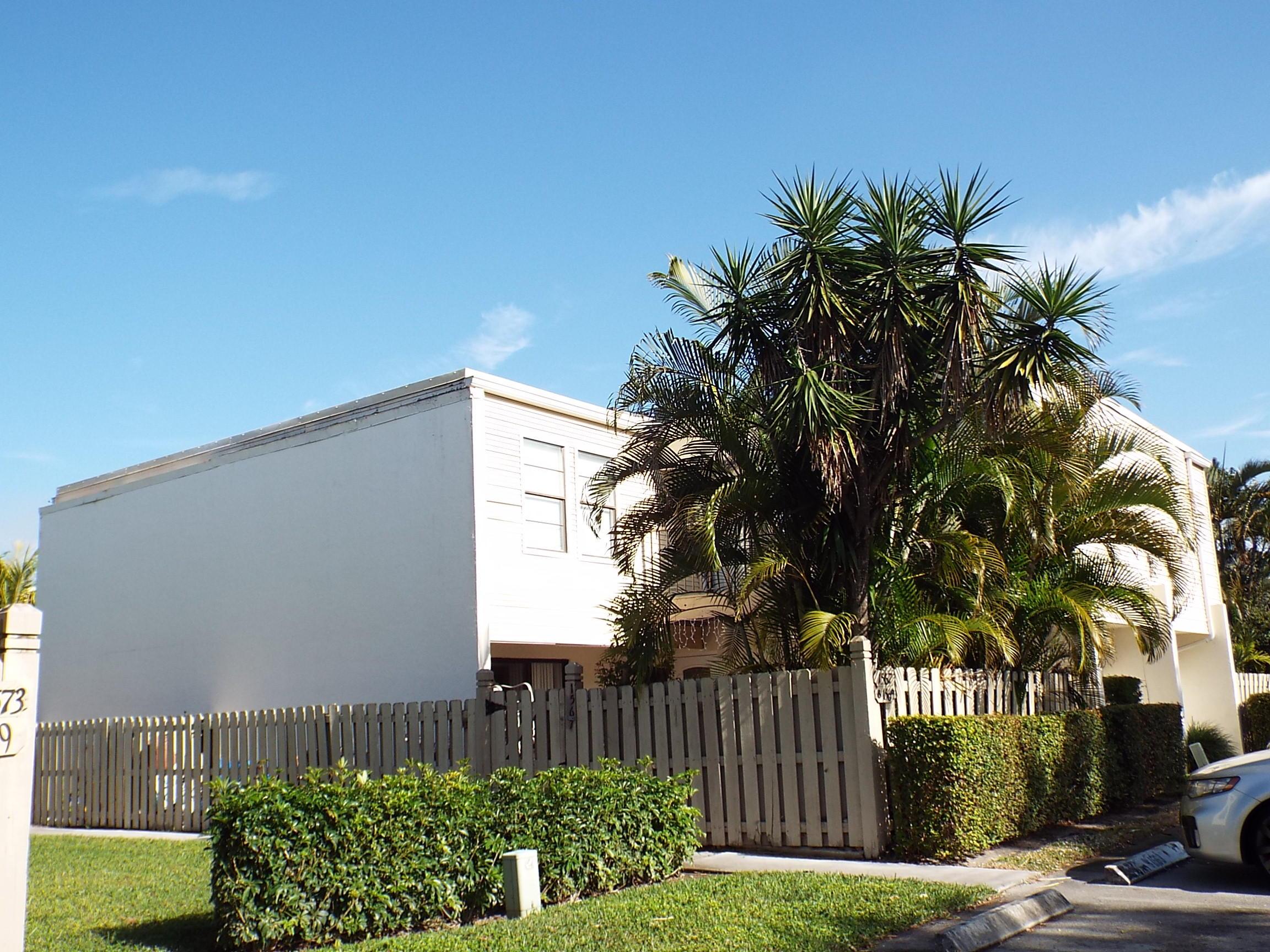 1567 Shaker Circle Wellington FL 33414