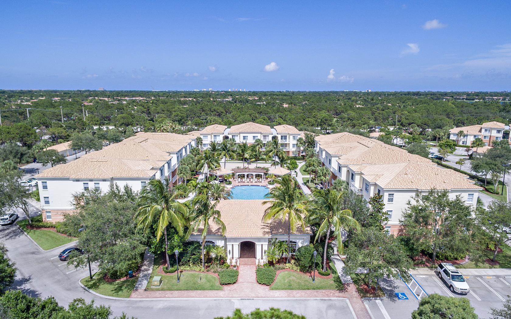 3204 Myrtlewood Circle Palm Beach Gardens FL 33418
