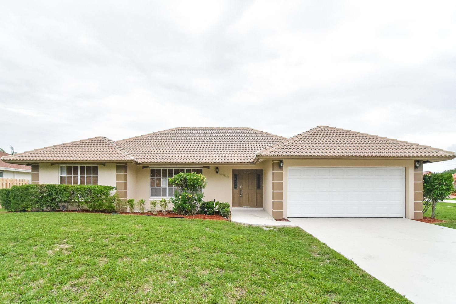 Wellington- Florida 33414, 3 Bedrooms Bedrooms, ,3 BathroomsBathrooms,Rental,For Rent,Newton,RX-10538705
