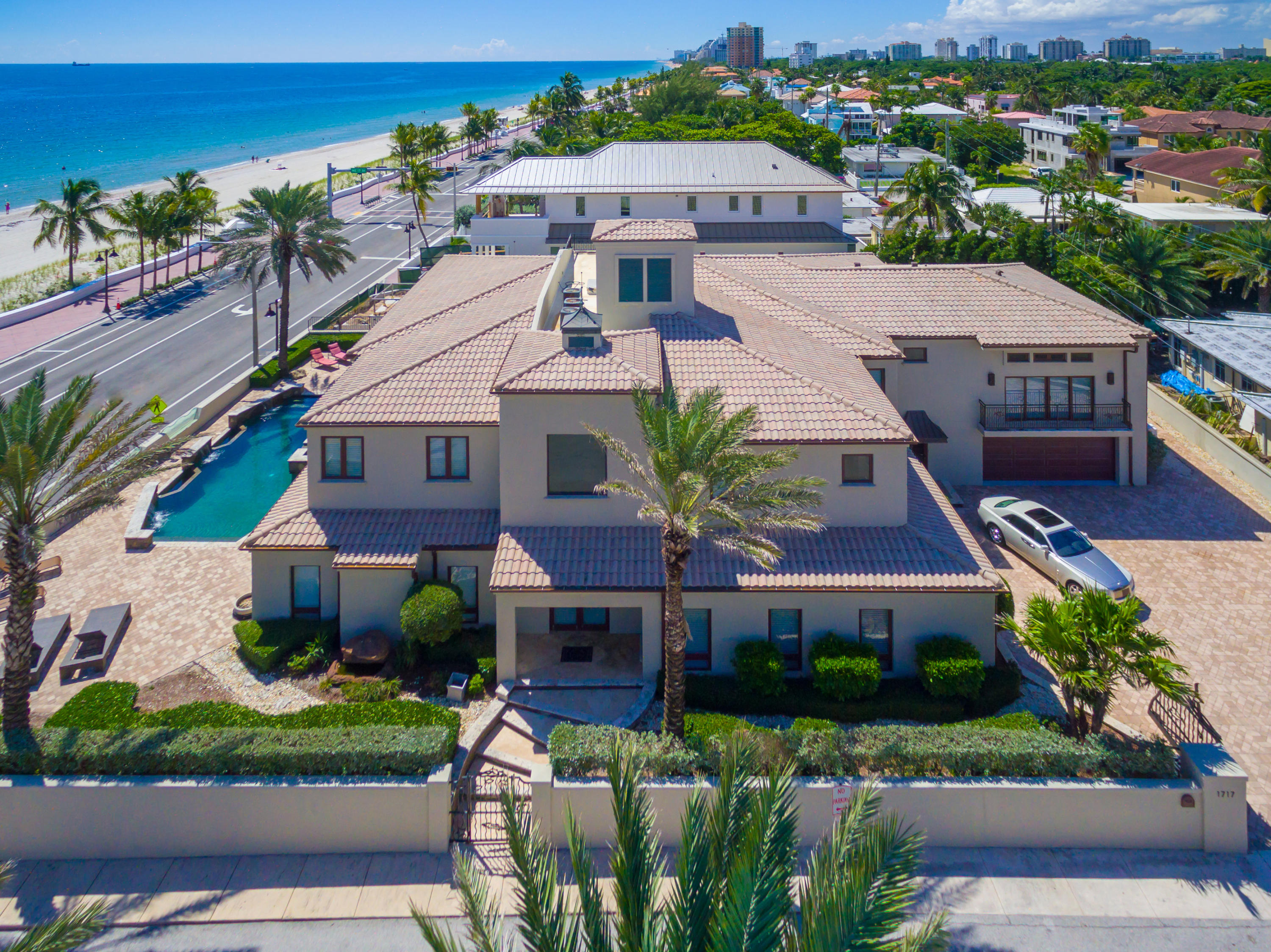 1717 Ft Lauderdale Beach Boulevard, Fort Lauderdale, Florida 33305, 9 Bedrooms Bedrooms, ,6.1 BathroomsBathrooms,Single Family,For Sale,LAS OLAS BY THE SEA,Ft Lauderdale Beach,RX-10538876