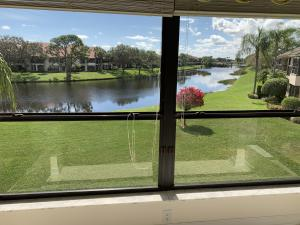 Gorgeous lake view from kitchen / kitchen dining area