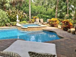 60 Laguna Terrace, Palm Beach Gardens, FL 33418