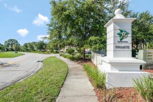 4488 Hickory Drive, Palm Beach Gardens, FL 33418