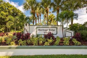 6275 SE Charleston Place, 204, Hobe Sound, FL 33455
