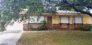 19027 SE Bryant Drive, Tequesta, FL 33469