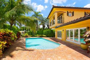 825 SE 7th Avenue, Delray Beach, FL 33483