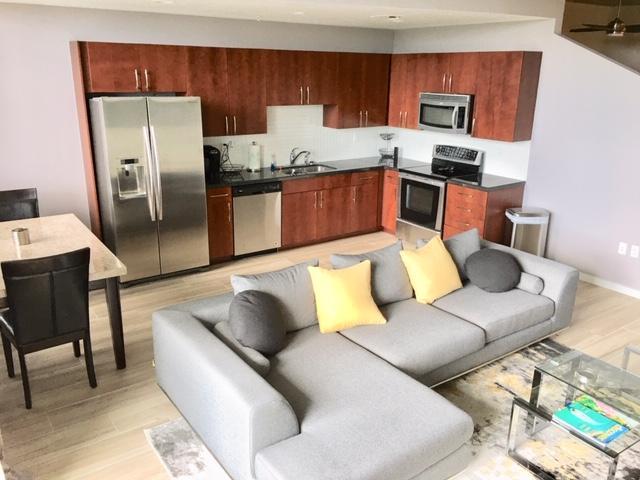 300 Australian Avenue, West Palm Beach, Florida 33401, 1 Bedroom Bedrooms, ,1 BathroomBathrooms,Condo/Coop,For Rent,Australian,3,RX-10540141