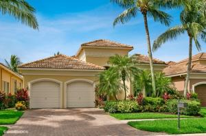 Wonderful curb appeal from this golf-front property!