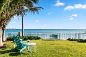 3030 S Ocean Boulevard, 330, Palm Beach, FL 33480
