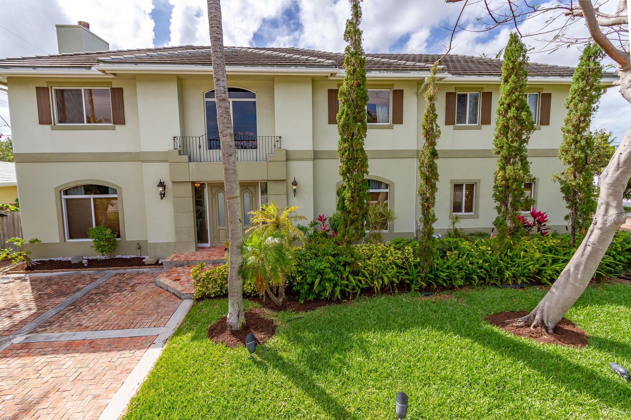 1195 NE 5TH Avenue Boca Raton, FL 33432