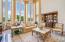 Extensive Floor to Ceiling Windows