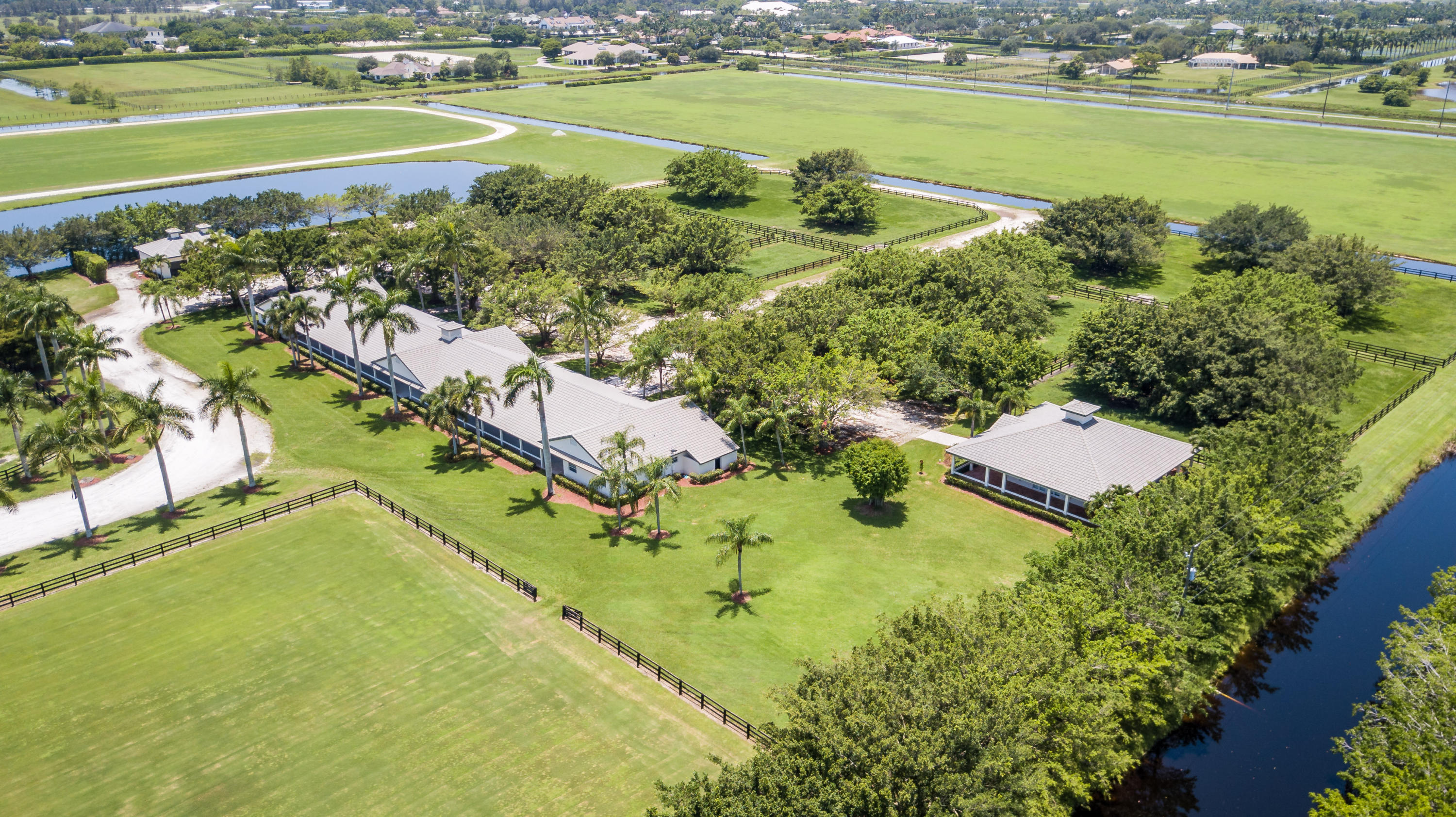 Wellington, Florida 33414, 1 Bedroom Bedrooms, ,1 BathroomBathrooms,Residential,For Sale,South,RX-10541332