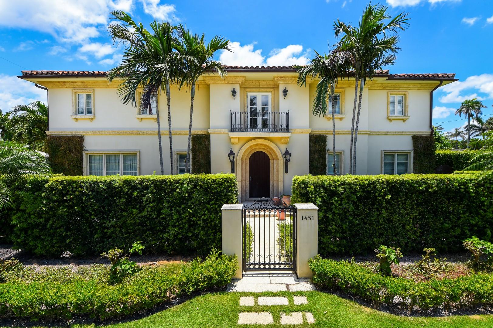 1451 Lake Way, Palm Beach, Florida 33480, 4 Bedrooms Bedrooms, ,5.1 BathroomsBathrooms,Single Family,For Sale,Lake,RX-10541289