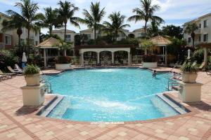 6307 Myrtlewood Circle W, Palm Beach Gardens, FL 33418