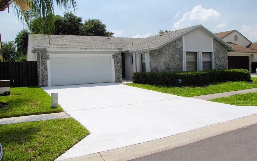 21010 Woodspring Avenue Boca Raton, FL 33428