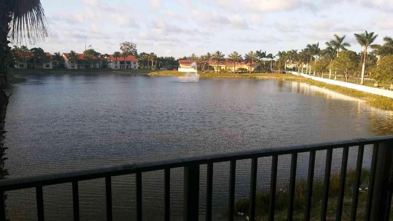 1520 Windorah Way G, West Palm Beach, FL 33411