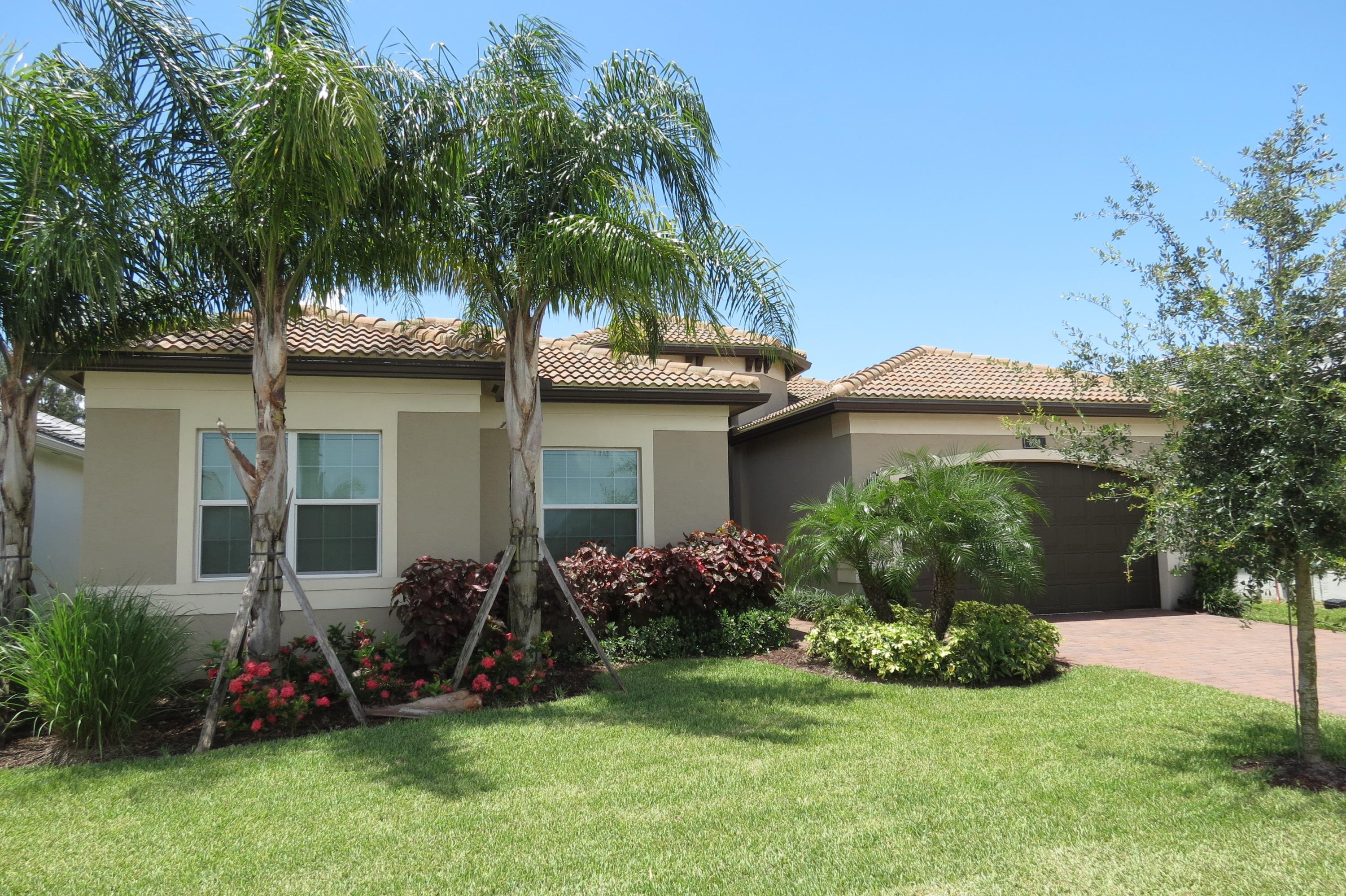 8989 Golden Mountain Circle  Boynton Beach FL 33473