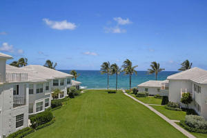 Exceptional Penthouse Masterpiece in Exclusive La Coquille Villas - Manalapan