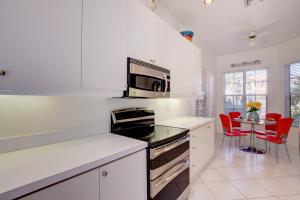 2534 Nw 52nd Street Boca Raton FL 33496