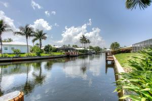 1383 Cedar Terrace Boca Raton FL 33486