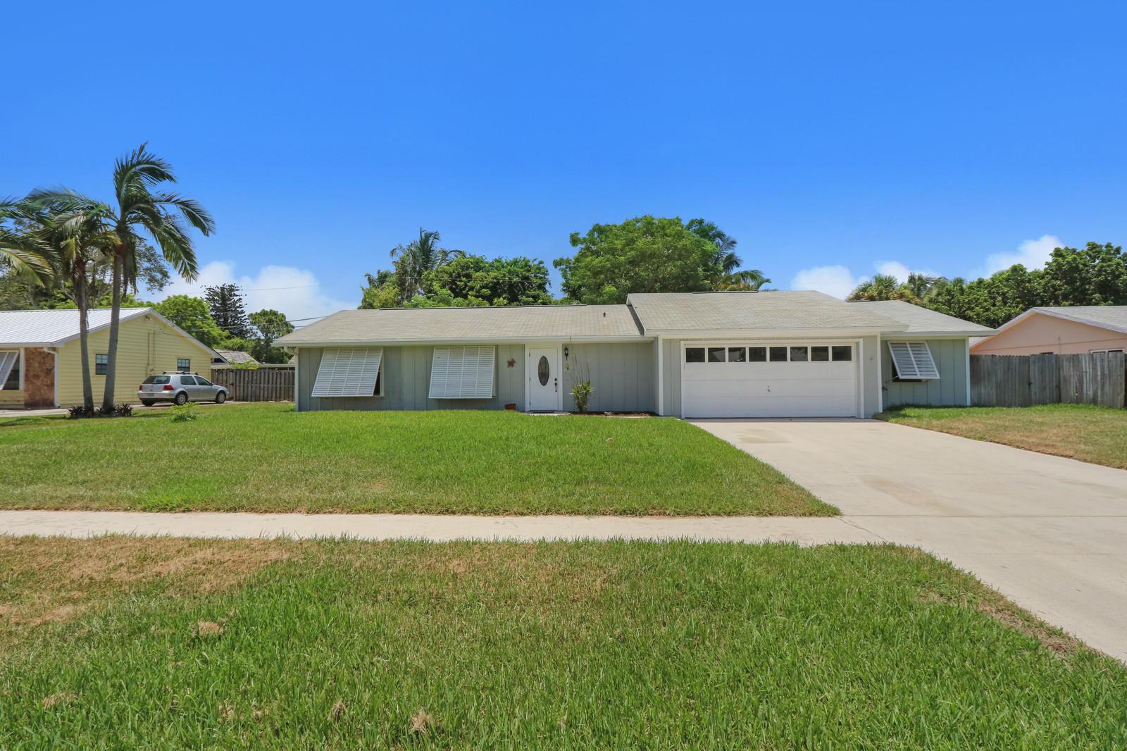 19863 Jasmine Drive, Jupiter, FL 33469