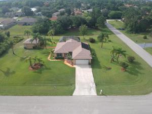 497 SW Copperfield Avenue, Port Saint Lucie, FL 34953