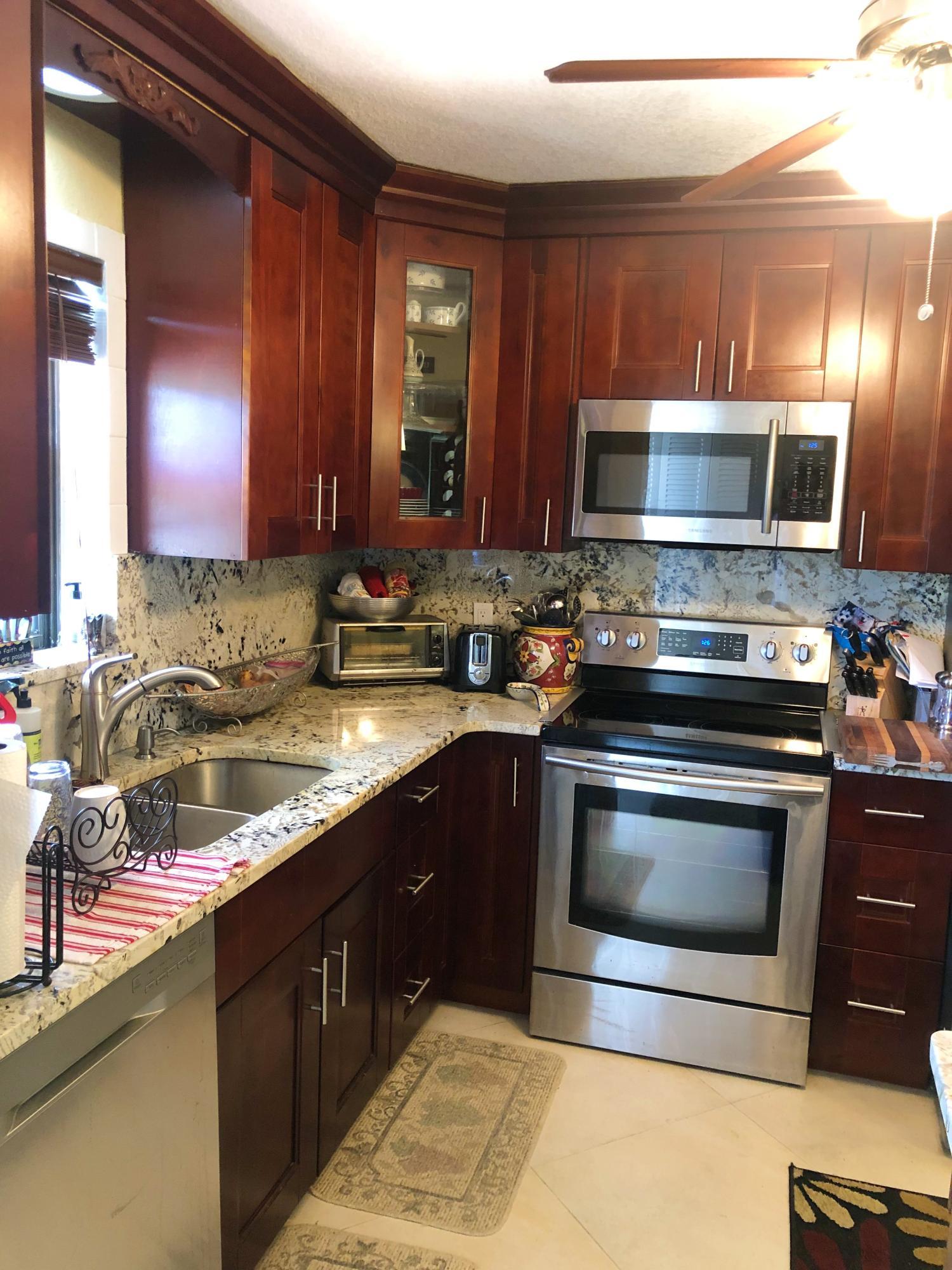 9273 8th Street, Boca Raton, Florida 33428, 2 Bedrooms Bedrooms, ,2 BathroomsBathrooms,Condo/Coop,For Rent,8th,2,RX-10543187