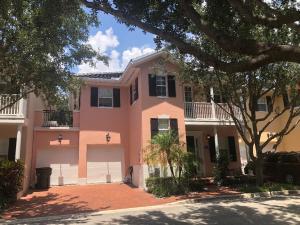 1020 W Heritage Club Circle, Delray Beach, FL 33483