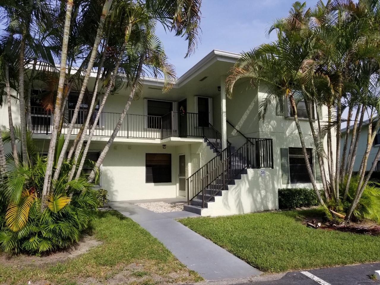 Photo of 701 Sabal Ridge #D, Palm Beach Gardens, FL 33418