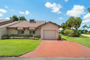 4722 Fountains Drive S, Lake Worth, FL 33467