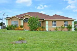 4402 SW Savona Boulevard, Port Saint Lucie, FL 34953