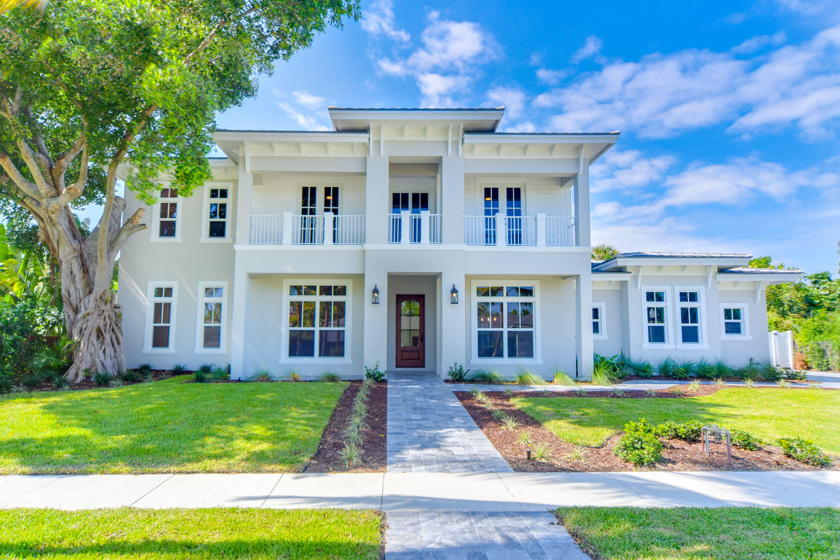 Home for sale in SHADOWLAWN West Palm Beach Florida