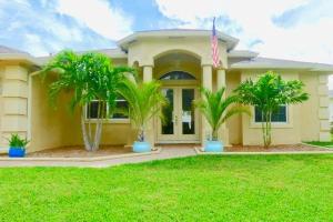 176 SW Euler Avenue, Port Saint Lucie, FL 34953