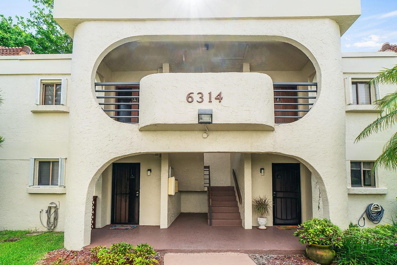 6314 Longboat Lane #202 Boca Raton, FL 33433