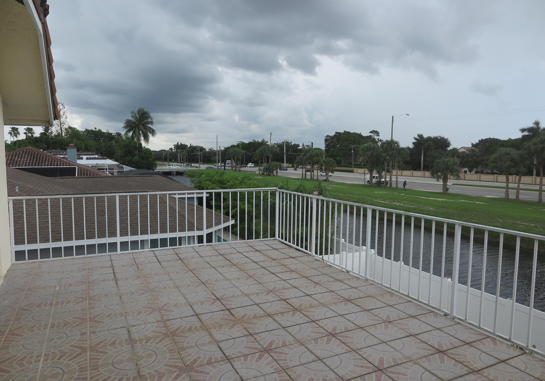23317 Lago Mar Circle Boca Raton, FL 33433
