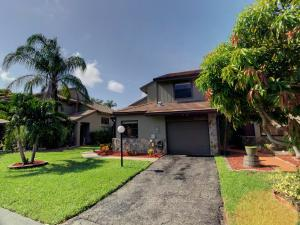 5020 Cayenne Lane, Palm Beach Gardens, FL 33418