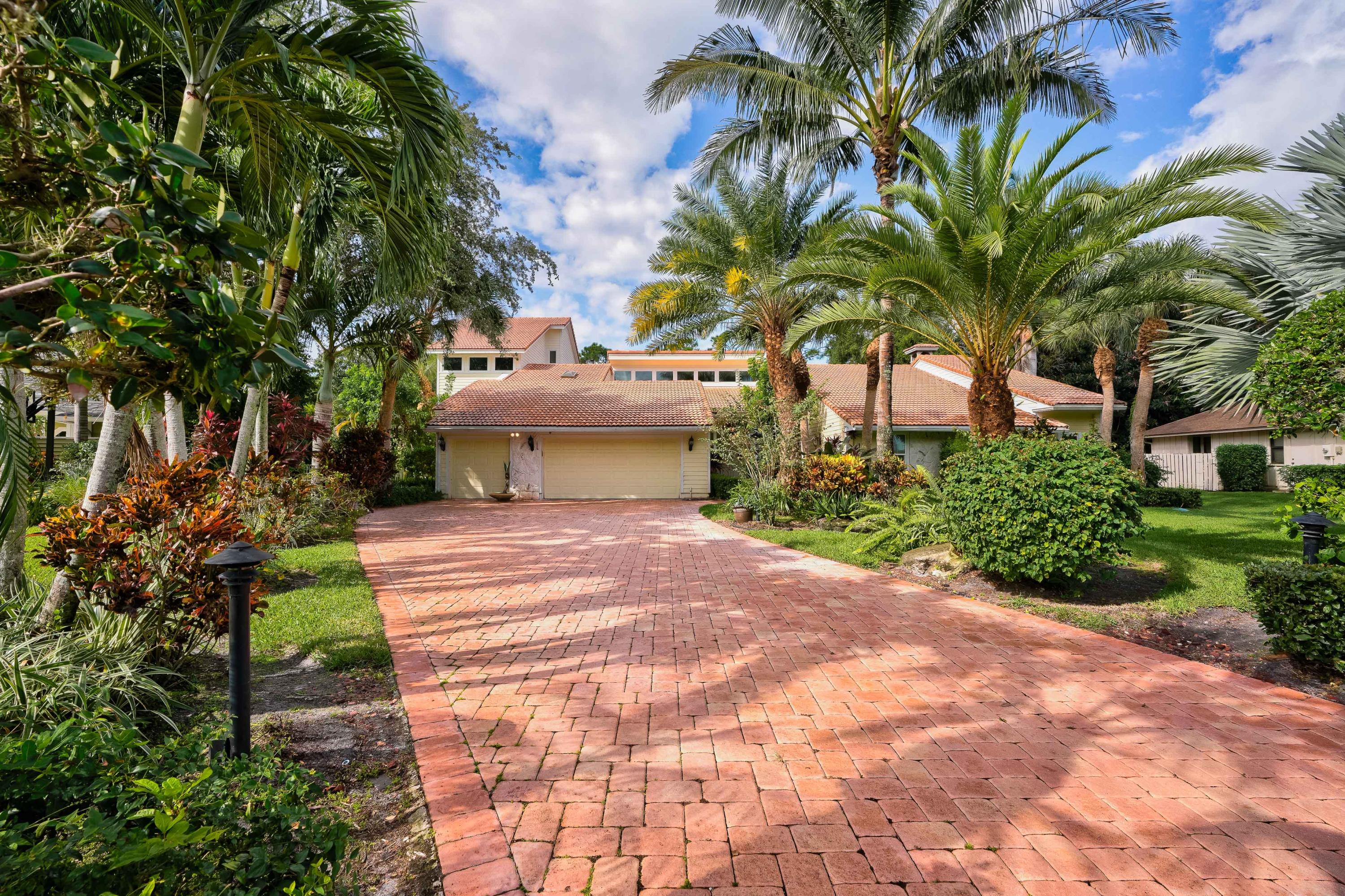 Home for sale in WHISPERING TRAILS 3 Jupiter Florida