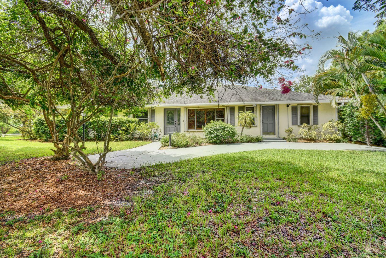 Wellington, Florida 33470, 4 Bedrooms Bedrooms, ,2 BathroomsBathrooms,Residential,For Sale,Deer Path,RX-10545540