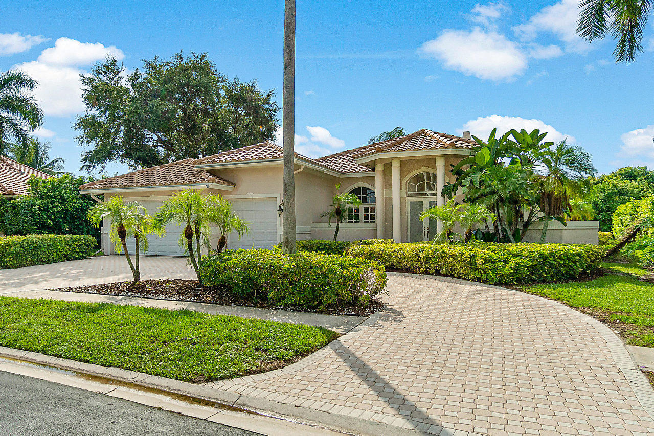 Photo of 6622 Newport Lake Circle, Boca Raton, FL 33496