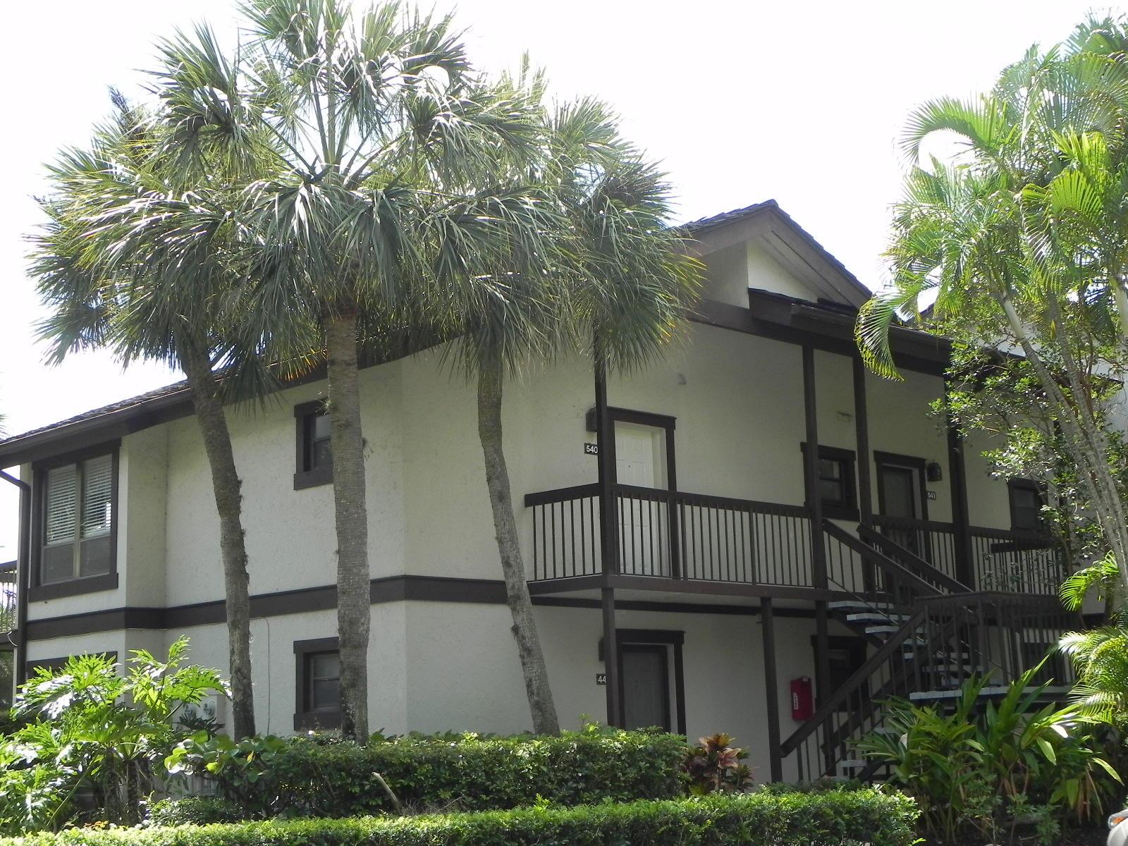 11863 Wimbledon Circle, Wellington, Florida 33414, 2 Bedrooms Bedrooms, ,2 BathroomsBathrooms,Condo/Coop,For Sale,Wimbledon,2,RX-10545792