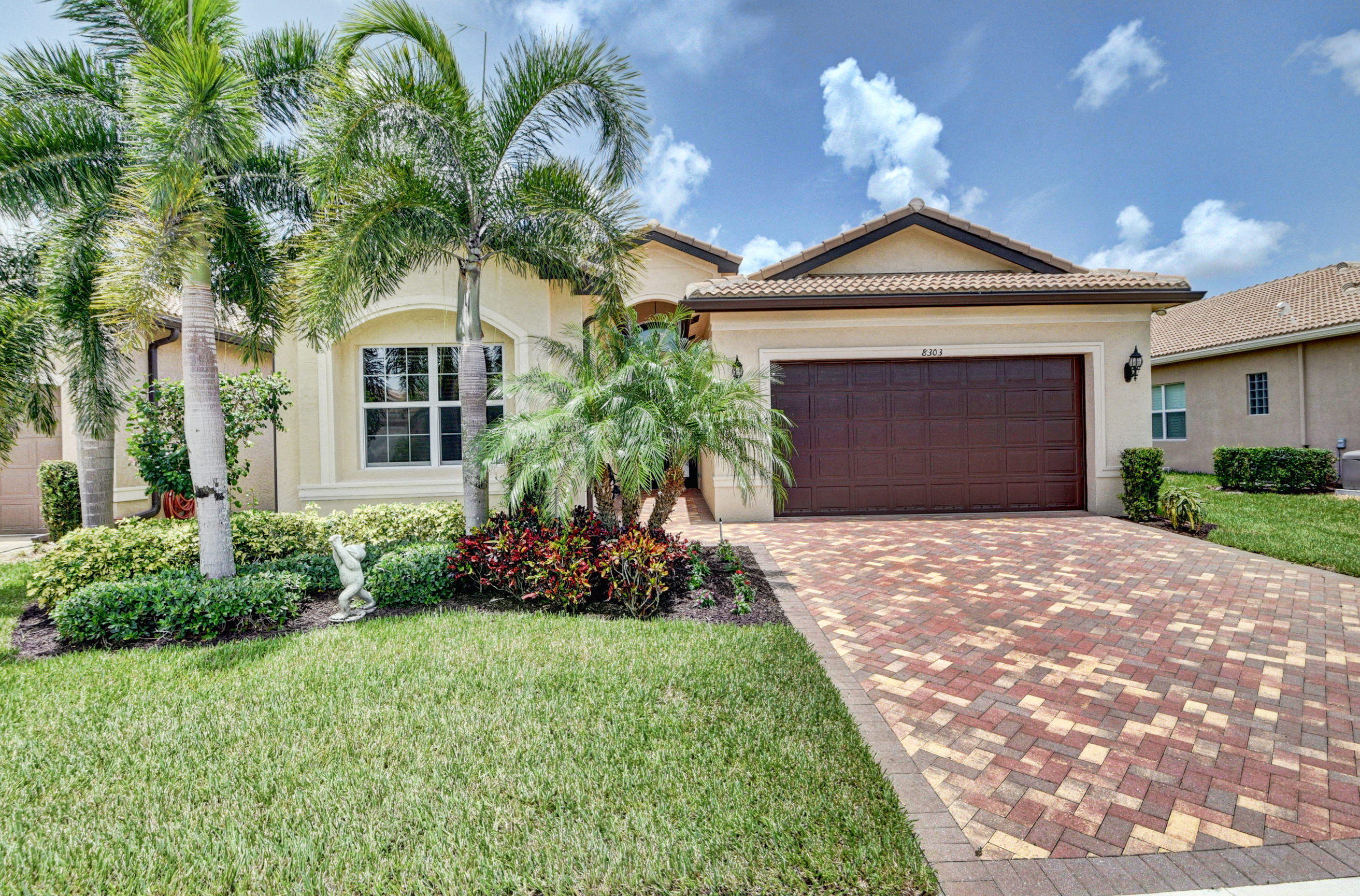8303 Cloud Peak Drive Drive  Boynton Beach FL 33473