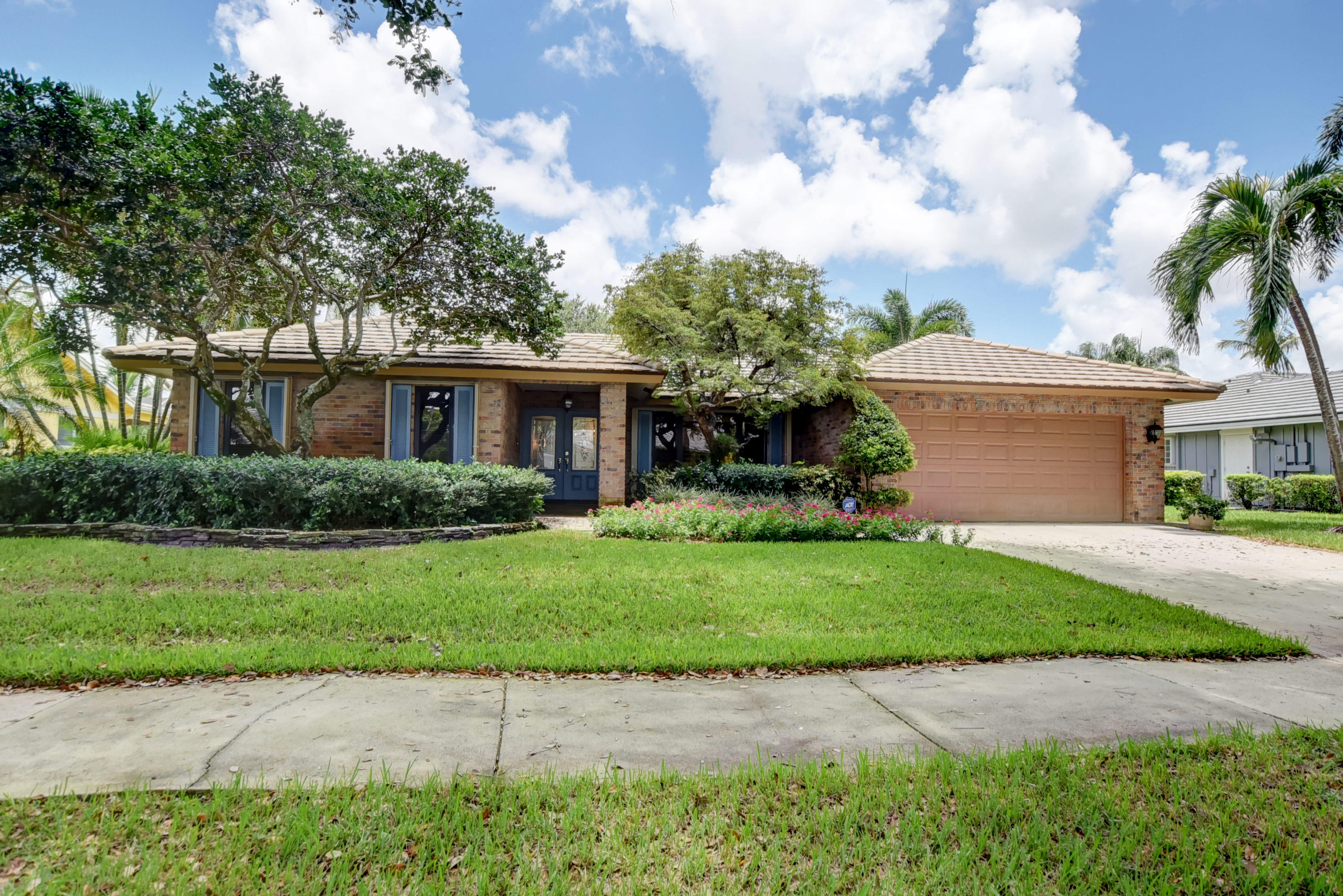 3489 Pine Haven Circle Boca Raton, FL 33431
