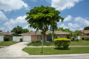 133 Finch Court, Royal Palm Beach, FL 33411