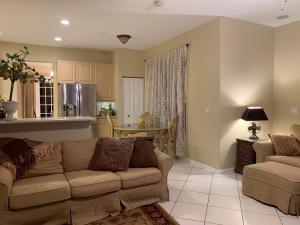 9705 Vineyard Court Boca Raton FL 33428