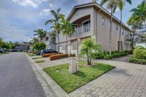 3169 Laurel Ridge Circle, Riviera Beach, FL 33404
