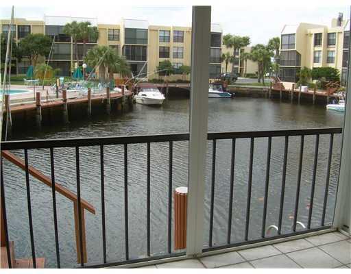 9 Royal Palm Way #1020 Boca Raton, FL 33432