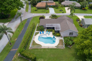 6135 Celadon Circle, Palm Beach Gardens, FL 33418