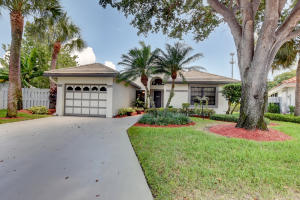 149 Orange Drive, Boynton Beach, FL 33436